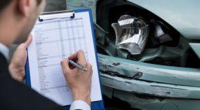 Quelle précaution dois-je prendre avant de faire réparer mon véhicule ?